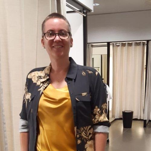 Christa, Vertaler en tekstschrijfster (43)