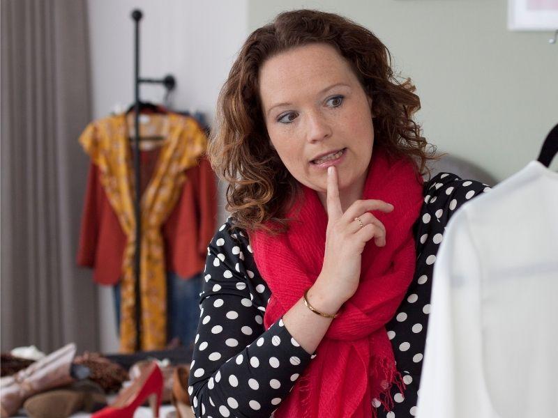 Wanneer mag je kleding nou echt weggooien?